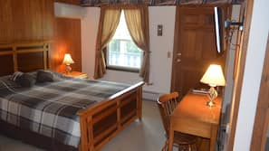 Individually decorated, desk, free WiFi, bed sheets
