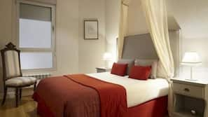 3 bedrooms, in-room safe, blackout drapes, soundproofing