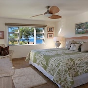 Menehune Shores 424 2 Bedrooms Condo by RedAwning
