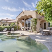 4BR 3 5BA La Quinta Villa and Casita by RedAwning