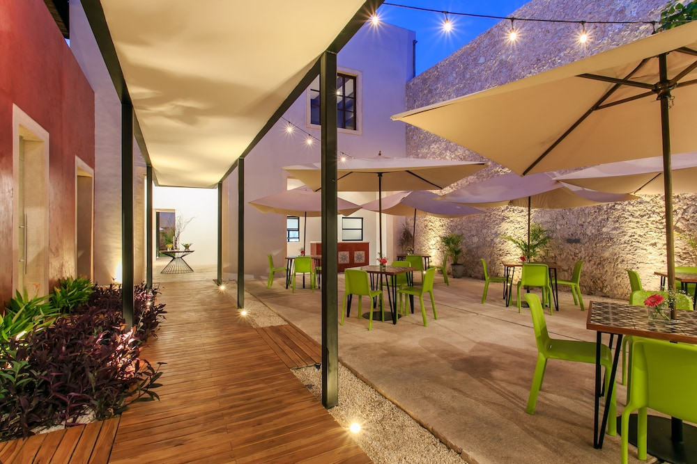 Terrace/Patio, Casona 61 By GuruHotel