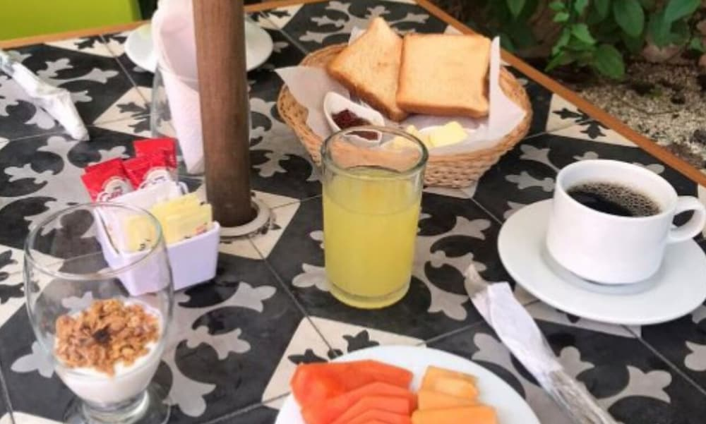 Breakfast Meal, Casona 61 By GuruHotel