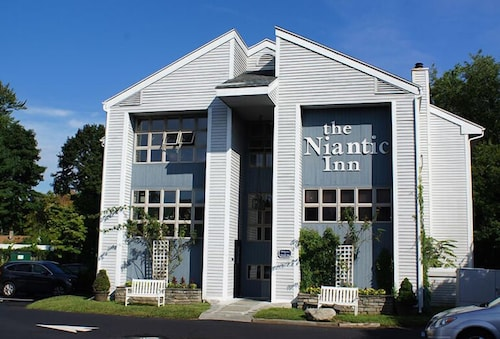 Great Place to stay The Niantic Inn near Niantic