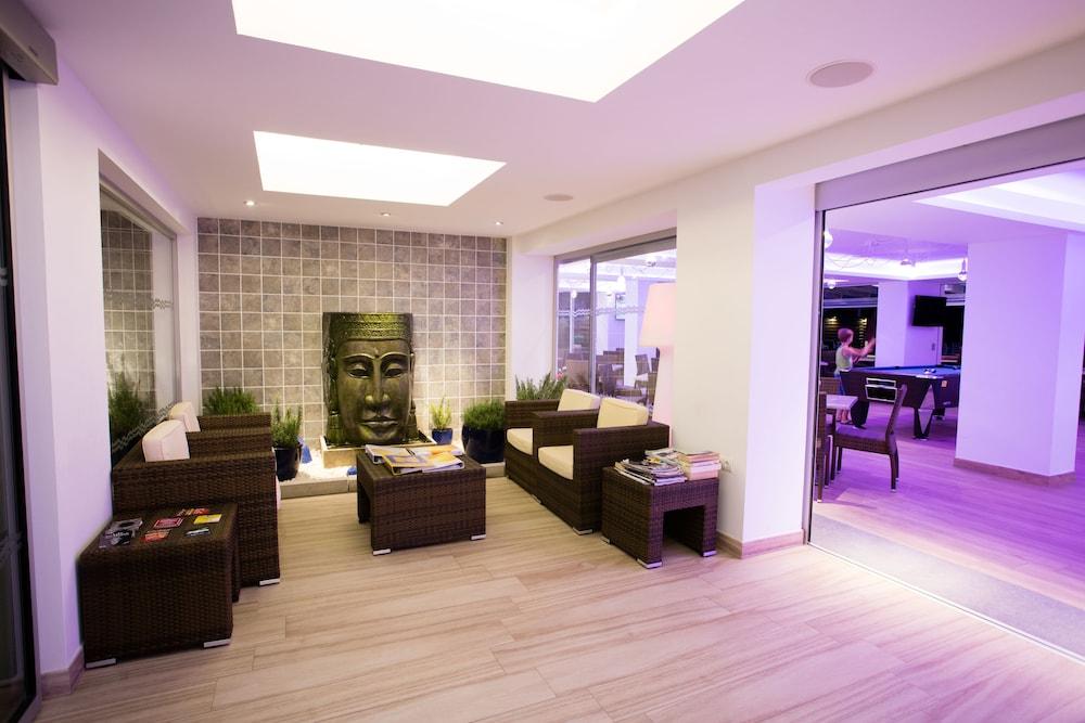 Apartamentos Sal Rossa Sant Josep De Sa Talaia 2019 Hotel Prices Expedia Co Uk