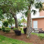 Gulfstream Cottages 300 by RedAwning