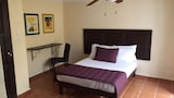 Hostel Kaana 4 You - Cancun Hotels