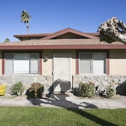 2BR Fabulous Palm Desert Condo by RedAwning