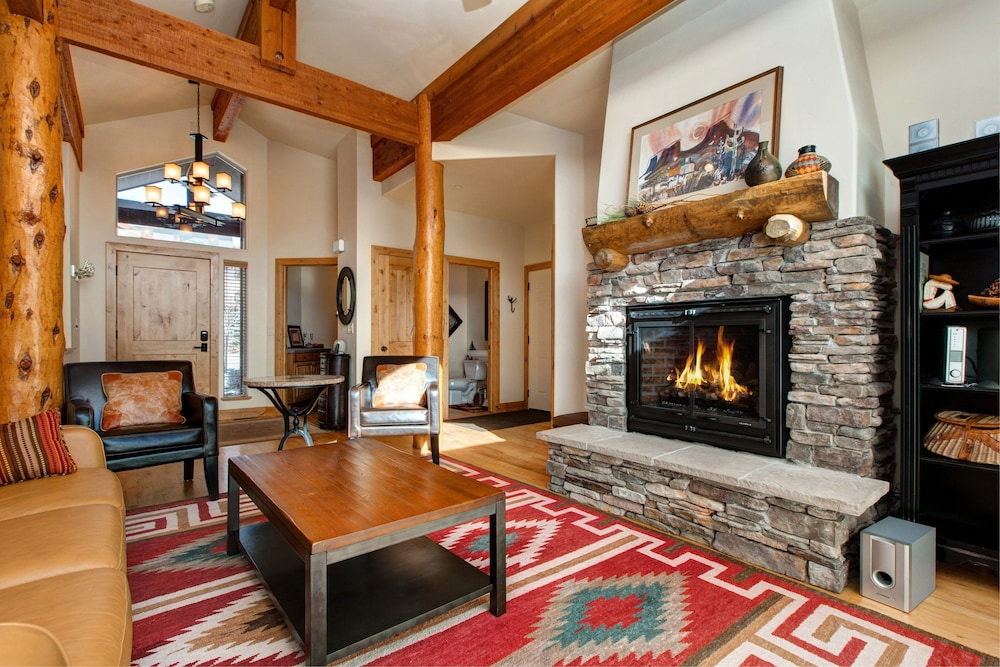 Fireplace, Luxury Log  In Park City 4 Bedroom Townhouse