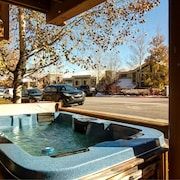 Hot Tub Condo at Bear Hollow Village by RedAwning