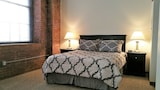 Cork Factory Strip District Luxury by RedAwning - Pittsburgh Hotels