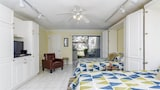Summer Place 652 Ground Floor Studio Steps to Beach Pool Sleeps 4 by RedAwning - Ponte Vedra Beach Hotels