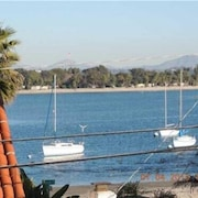 3BR Condo Steps to Mission Bay by RedAwning