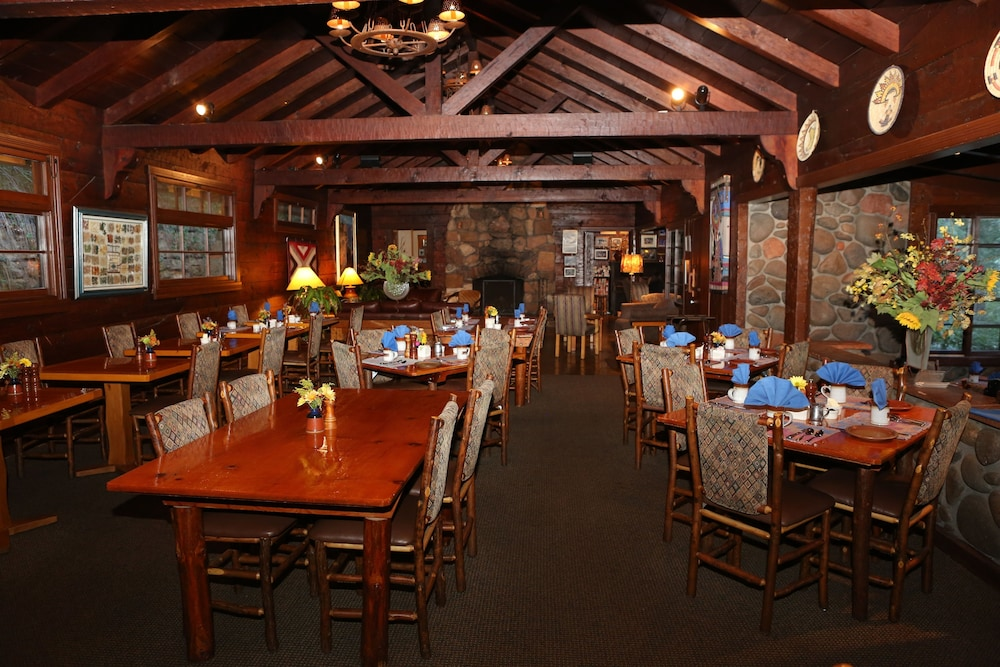 Restaurant, Orchard Canyon on Oak Creek