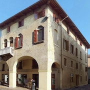 A Lovely and Spacious Apartment in the Centre of the Town Treviso