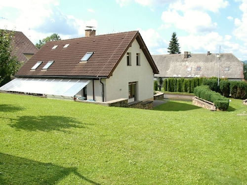 Great Holiday Home With Swimming Pool and Wi-fi in the Magnificent Bohemian Forest