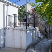 Apartment in the Center of Vis With Terrace, Washing Machine