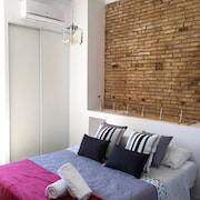 Apartment in Valencia With Air Conditioning, Washing Machine