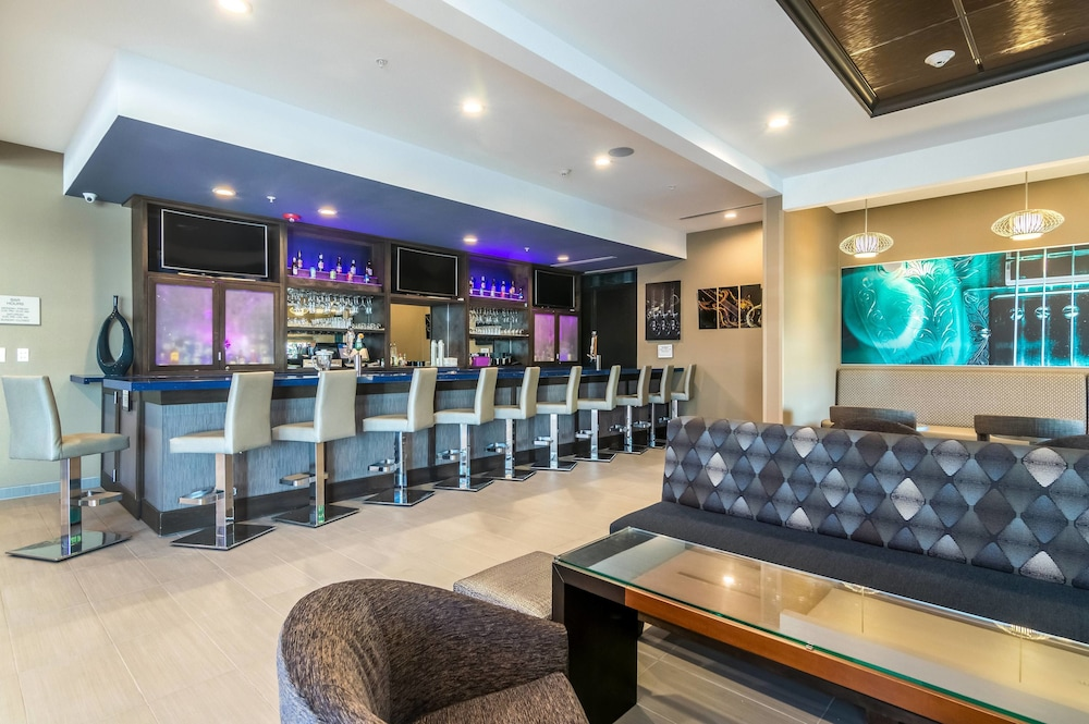 Bar, SpringHill Suites by Marriott Oklahoma City Downtown