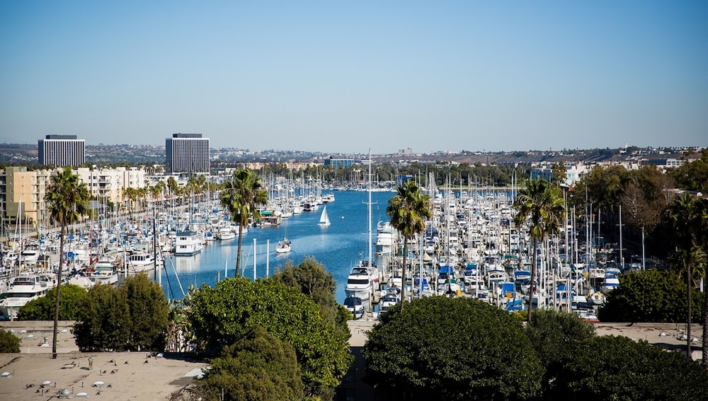 View from Property, Global Luxury Suites at Marina Del Rey
