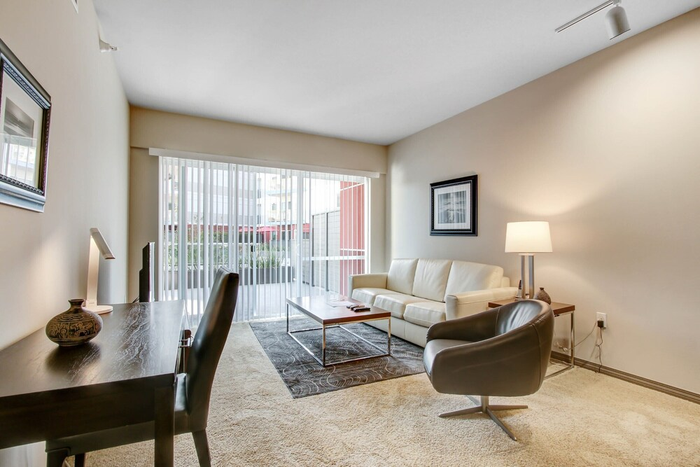 Living Room, Global Luxury Suites at Marina Del Rey