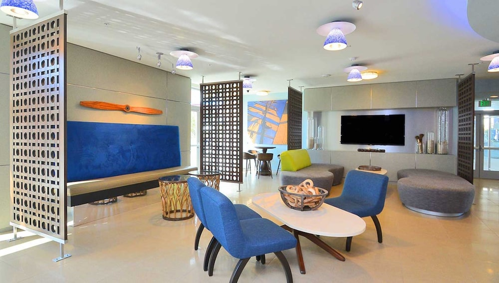 Interior, Global Luxury Suites at Marina Del Rey