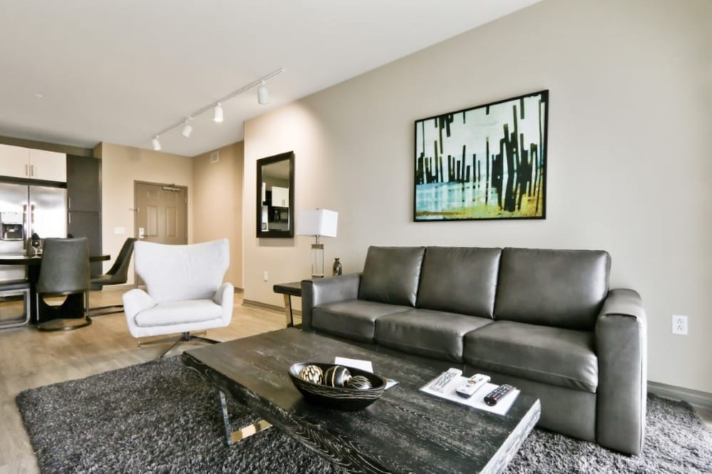 Living Area, Global Luxury Suites at Marina Del Rey