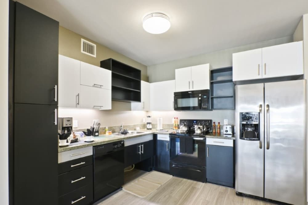 Private Kitchen, Global Luxury Suites at Marina Del Rey