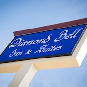 Diamond Bell Inn & Suites