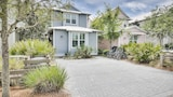 Elegant at WaterColor Crossings by RedAwning - Santa Rosa Beach Hotels