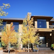 Exclusive Aspen Snowmass Contemporary Private Estate by RedAwning