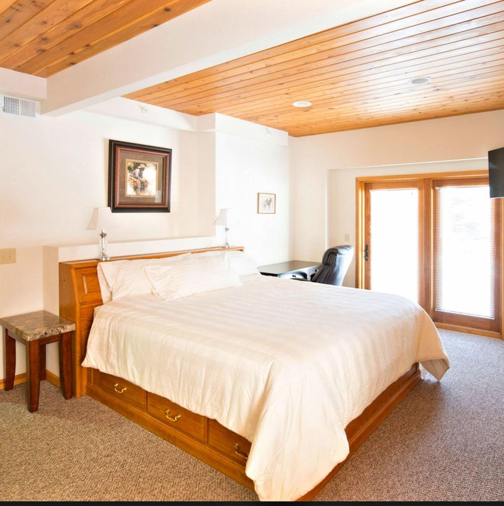 Book Mein Haus Bed & Breakfast | Avon Hotel Deals