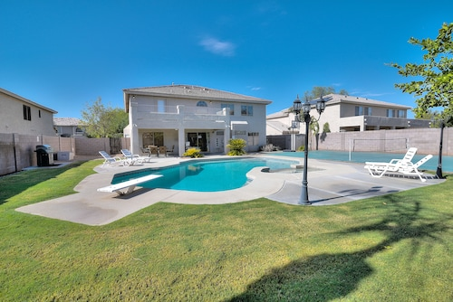 Bel Fleur - 6 Bed Home - Litchfield Park