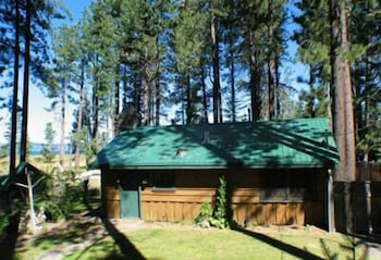Featured Image, 673 San Francisco Avenue 2 Bedroom Cabin