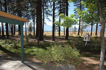 Property Grounds, 673 San Francisco Avenue 2 Bedroom Cabin