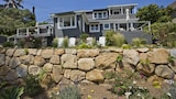 Penthouse Ocean View Bungalow by RedAwning - Summerland Hotels