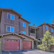 Modern Rustic Central Truckee 3BR Newly Built Home by RedAwning