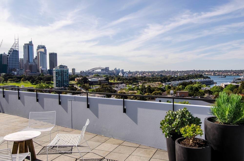 Sydney East Luxury Apartment