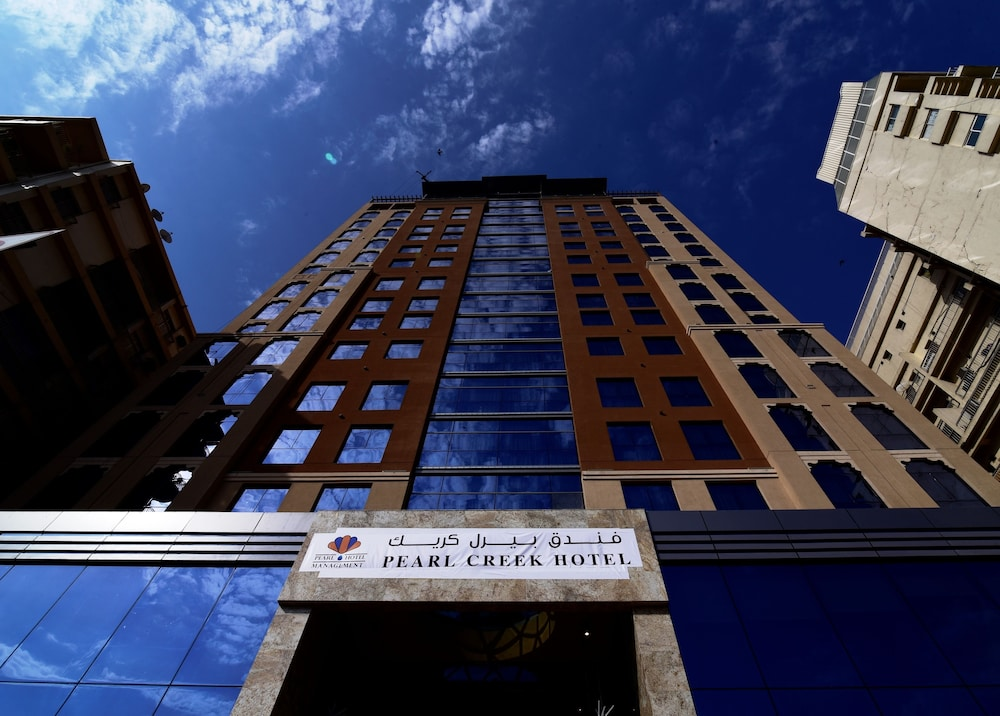 Book pearl creek hotel dubai hotel deals for Dubai hotel deals