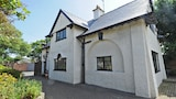 Seaways Cottage - Wirral Hotels