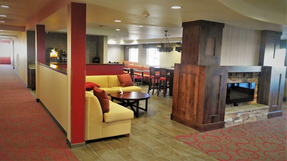 Lobby, Black Gold Suites Watford City