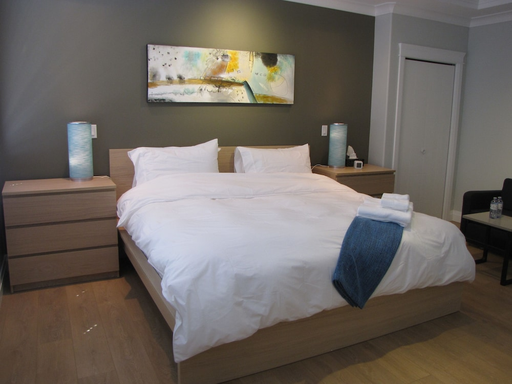 riverfront bed and breakfast reviews photos rates. Black Bedroom Furniture Sets. Home Design Ideas