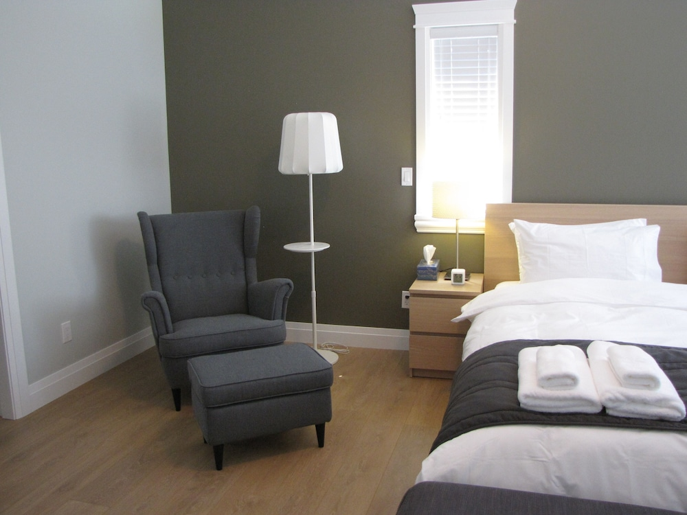 riverfront bed and breakfast vancouver room prices reviews travelocity. Black Bedroom Furniture Sets. Home Design Ideas