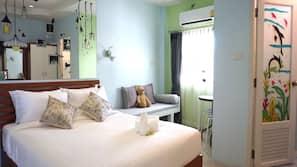 ตู้นิรภัยในห้องพัก, เตียงเสริม/เปล, บริการ WiFi ฟรี