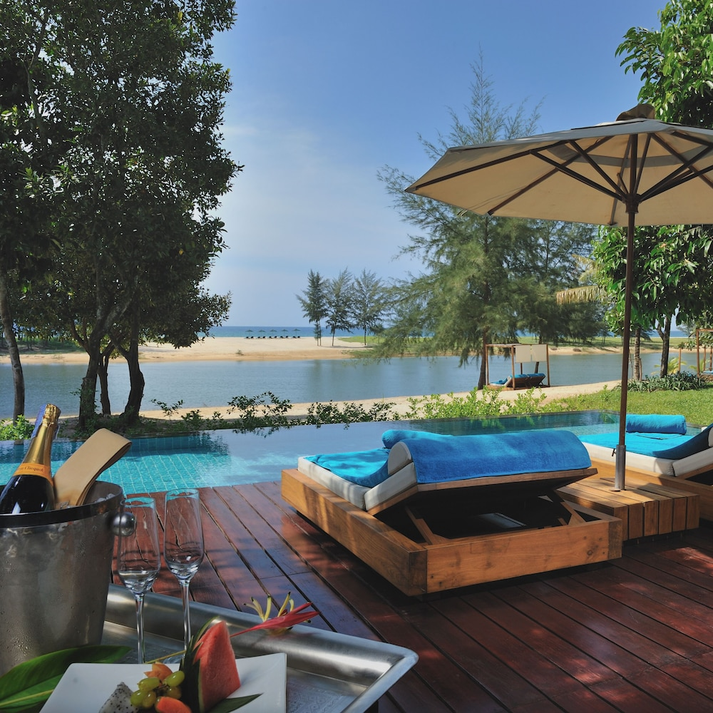 Wanakarn Beach Resort & Spa: 2018 Room Prices, Deals & Reviews | Expedia