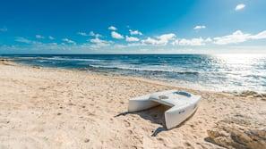 海灘、躺椅