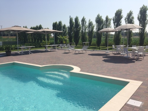 Porto tolle accommodation 263 hotels in porto tolle wotif for Tolle hotels