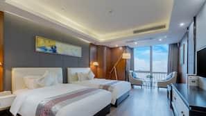 5 개의 침실, 암막 커튼, 다리미/다리미판, 무료 WiFi