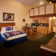 Alpine Village Suites - Cottam's Lodge