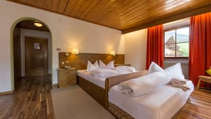 In-room safe, free cribs/infant beds, free WiFi, wheelchair access