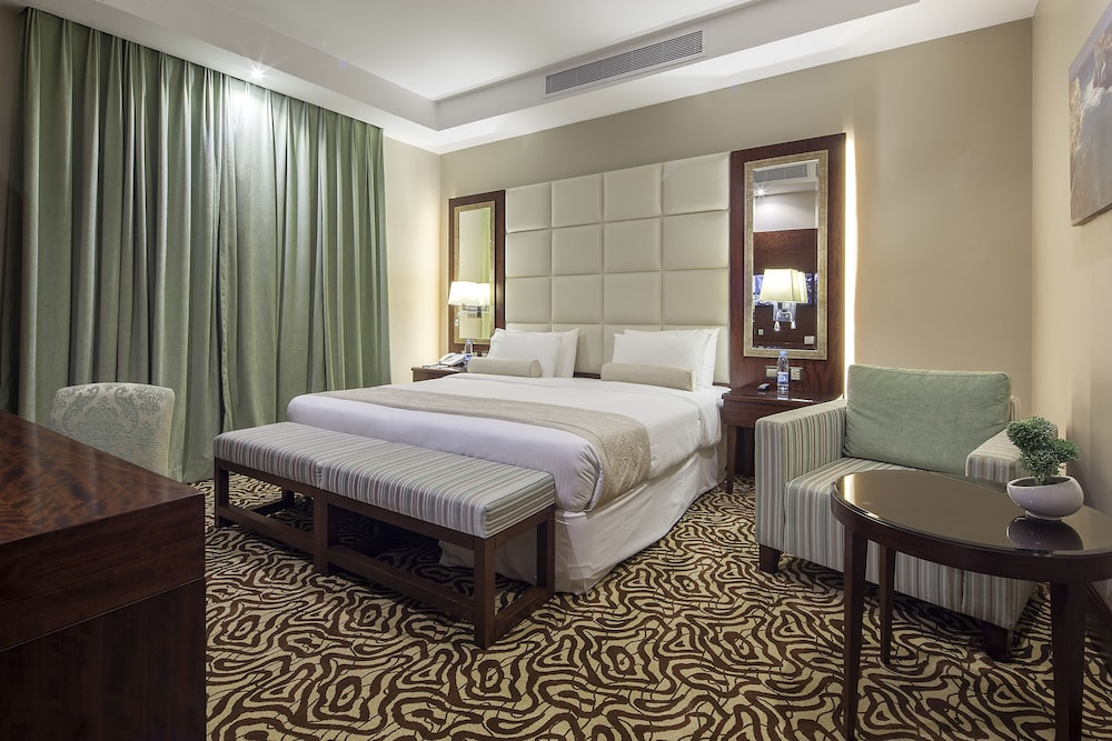 Book western lamar hotel jeddah hotel deals for Sofa bed jeddah